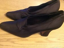 DKNY - DONNA KARAN CHOCOLATE BROWN ITALIAN MADE HIGH HEEL PUMPS 9.5 (B, M)