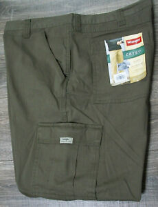 Mens Wrangler Relaxed Fit 100% Cotton Olive Cargo Pants Jeans NWT 42x29 $65