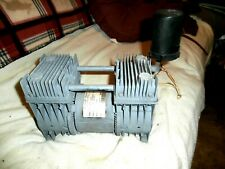 THOMAS or Gast Oil free Piston Air Compressor Vacuum pump  115V 60 HZ 3.7 Amp