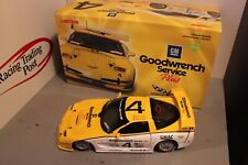 2000 K. Collins/A. Pilgrim/F. Freon 1/18 Action Goodwrench Corvette CR-5 Diecast