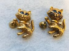 Pair of 2 Vintage Avon Gold Toned Blue Eyed Cat Kitten Brooch Pin Ringing Bell
