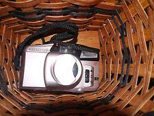 Auto Camera/ OLYMPUS ACCURA ZOOM XB 700 35 mm film w/EXTRA BIG VIEWFINDER