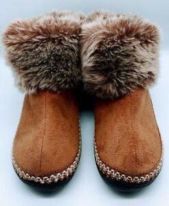 Isotoner Sz 6.5-7 Bootie  Indoor/Outdoor Slippers Faux Fur Cuff/Suede Brown