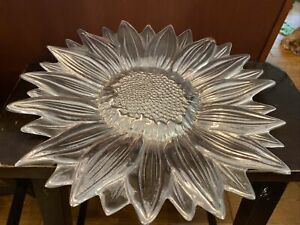 "Wilton Armetale Large Sunflower Tray 14.75"" Vegetables Fruit Serving Dish"