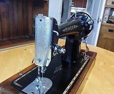 Singer Vintage Antique Hand  Crank Sewing Machine Model 201K 1939