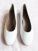 "NEW  AQUATALIA ""CIERRA"" NAPPA LEATHER WHITE  BALLET FLAT SHOES  SIZE: 7.5"