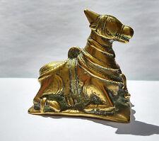 Ancien Taureau Nandi en bronze Inde du Sud 18e