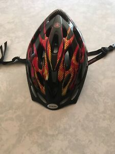 Schwinn Youth Bicycle Helmet Headgear Black & Red Adjustable