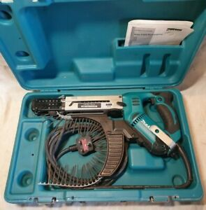 MAKITA 6844 240v AUTOFEED DRYWALL SCREWDRIVER TOOL SCREWGUN DECKING, 45-75mm