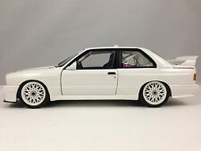 Minichamps BMW M3 (E30) DTM Plain Body Version 1992 White 1/18