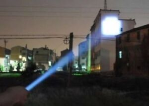 NEU Super 60x hellere SOS Abwehr TacLight Torch Lenser Flash LED Taschenlampe