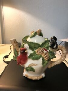 Cracker Barrel Cardinal Christmas Holiday Garden Teapot