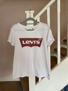 Levi's Levis Batwing T Shirt Size Large Designer Casual Retro Vintage
