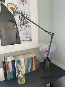 Flos Kelvin LED Table Desk Lamp In Anthracite Grey