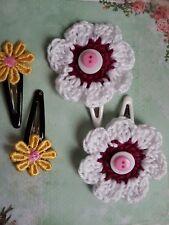 2 x SETS OF HAIR SLEEPIES YELLOW DAISY & WHITE FLOWER ON WHITE ENAMEL CLIP