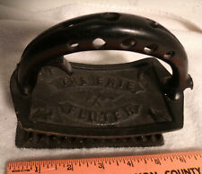 Vintage GRISWOLD MFG. Cast Iron THE ERIE FLUTER Sad Iron
