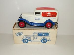 ERTL1932 FORD DELIVERY VAN COIN BANK ISKY CAMS DIECAST 9422UP 1:25