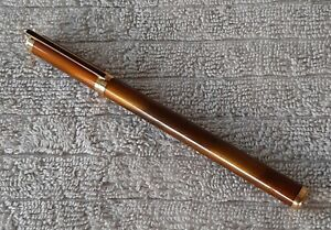 S.T. Dupont Gatsby Fountain Pen 18ct FINE Nib Gold Dust Lacquer -Spectacular!!