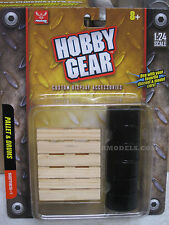 17023 Hobby Gear 1/24 Pallet & Oil Drums   Great For Dioramas & G Scale Trains