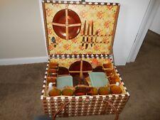 Vintage Retro Large Plastic Weave Picnic Set Basket Duralex Spain Glassware