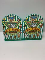 Vintage Six Flags Amusement Park 1996 Looney Tunes Metal Bookend Lot Of 2