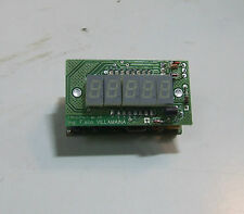 FREQUENZIMETRO PROFESSIONALE DA 10 Hz A 50 MHz CON 5 DISPLAY 7 SEGMENTI DC 12 VO