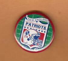 OLD Minute Man LOGO NEW ENGLAND PATRIOTS PIN BACK BUTTON UNSOLD STOCK