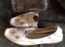 Vintage Nos 60's Retro Etell Carpet Slippers Offwhite Bead Design 7-7-1/2 Japan