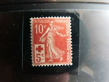 timbre 10c + 5c rouge NEUF n*147