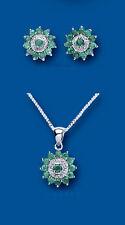 Argento Sterling Smeraldo & Diamante Grappolo Set Pendente E Orecchini con