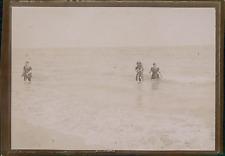 France, Loire-Atlantique, La Baule, Baigneurs dans l'eau, ca.1900, Vintage