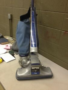 Vintage Kirby Traditions Upright Vacuum Cleaner W/ 6 Bags (g42)
