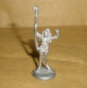 Ral Partha TSR 20-525a Shadowrun Strike Force Bravo female mage miniature 1992