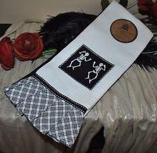 NEW WELL DRESSED HOME SERVIETTES DE CUISINE Set/3 Cotton SKELETON Kitchen Towels
