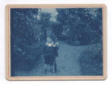 Photo Ancienne Portrait Enfant Fusil Petit Chasseur Vers 1900 Cyanotype Chapeau