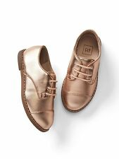 GAP Baby / Toddler Girls NWT Size 8 Rose Gold Metallic Lace-up Oxfords / Shoes