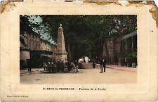 CPA ST REMY DE PROVENCE Fontaine de la Trinité (339939)
