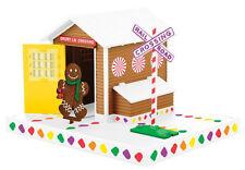 LIONEL #36998 gingerbread gateman