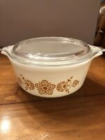 Vintage Pyrex Glass Casserole Dish White Butterfly Gold 471 With Lid 1.5 Pint