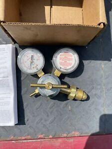 SMITH PRESSURE REGULATOR H1959-580, Inert Argon Gas, Max Inlet 3000 PSI