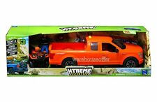 NEWRAY XTREME ADVENTURE FORD F-150 & SUZUKI VINSON AUTO 500 WITH FIGURE 02206C