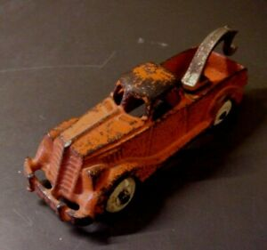 Antique Cast Iron HUBLEY Tow Truck