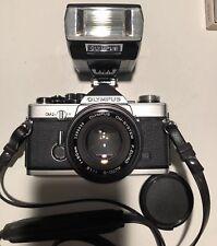 Olympus OM 2N 35mm MD Film Camera 50mm f/1.8 Lens near MINT+ cap + flash Lomo