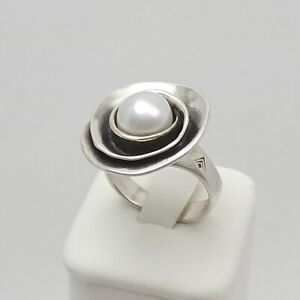 Silpada Pearl Rose Sterling Silver Lily Pearl Ring R2121