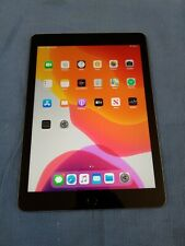 Apple iPad 32gb 9.7-inch Retina Display  (6th generation) (Model A1893)