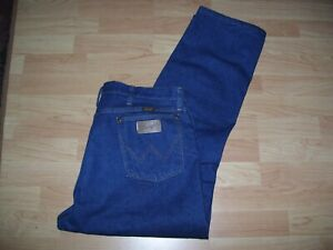 WRANGLER  MENS  JEANS 13 MWZPW SIZE 38 IN  (NOW REDUCED)