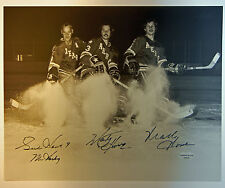 GORDIE HOWE w/ Sons Marty & Mark Triple Signed Autograph 8x10 Photo TS COA