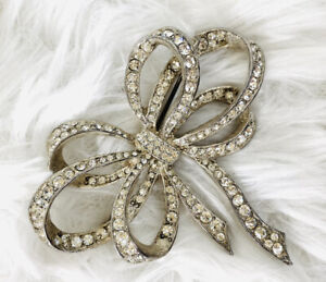Ice Skating Rhinestone Pin Silver Tone Metal Brooch Bow Vintage Distressed Jewelry Small Label Pin Christmas