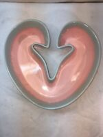 Vtg Mid-Century HULL Pottery Art Pink Sea foam Blue Drip Heart Bowl Planter