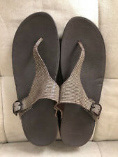 FITFLOP BROWN BEIGE REPTILE SANDALS FLIP FIT FLOPS ADJUSTABLE THONGS SHOES 11